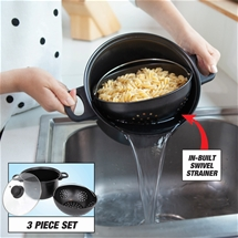 Cooking Pot With In-built Strainer